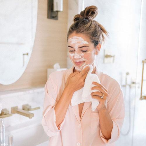 مراقبت از پوست به طور صحیح با ترک سبک زندگی غلط