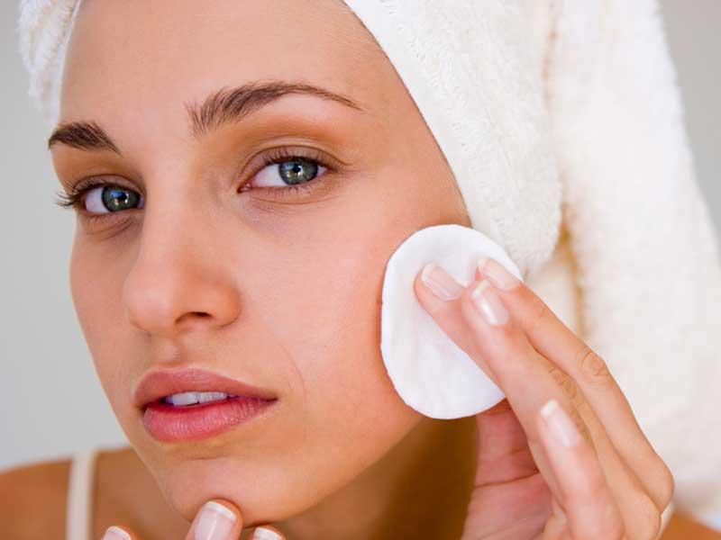 نحوه استفاده از تونر پوست